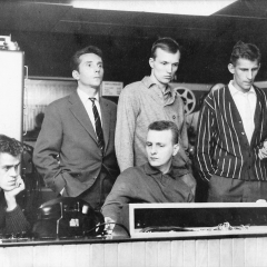 1963 Spotnicks in French recoding studio (4)