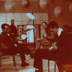 1963 Spotnicks in French recoding studio (1)