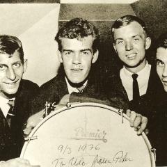 1964 Spotnicks Gruppenfoto mag (2)