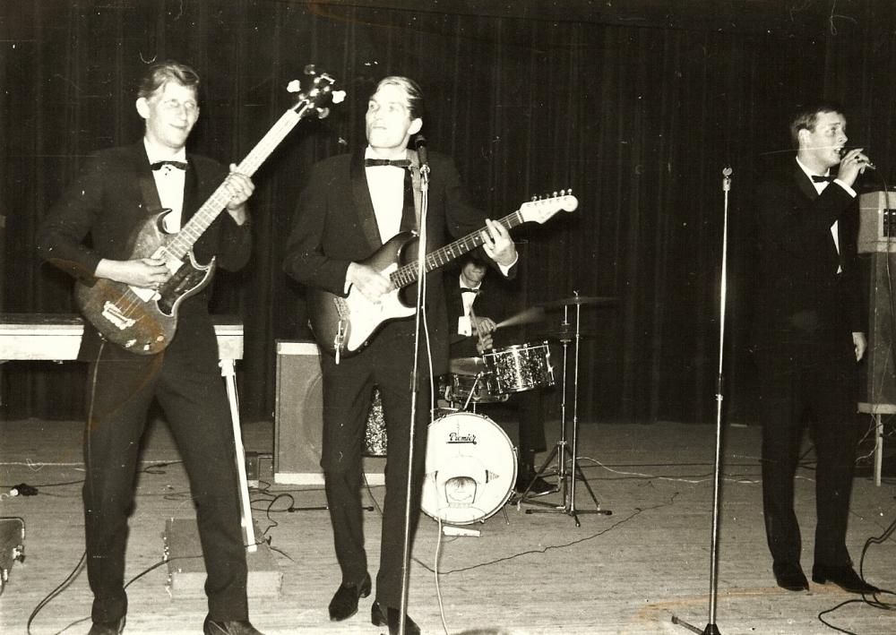 1965 A Spotnicks live 4