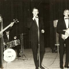 1965 A Spotnicks live 3