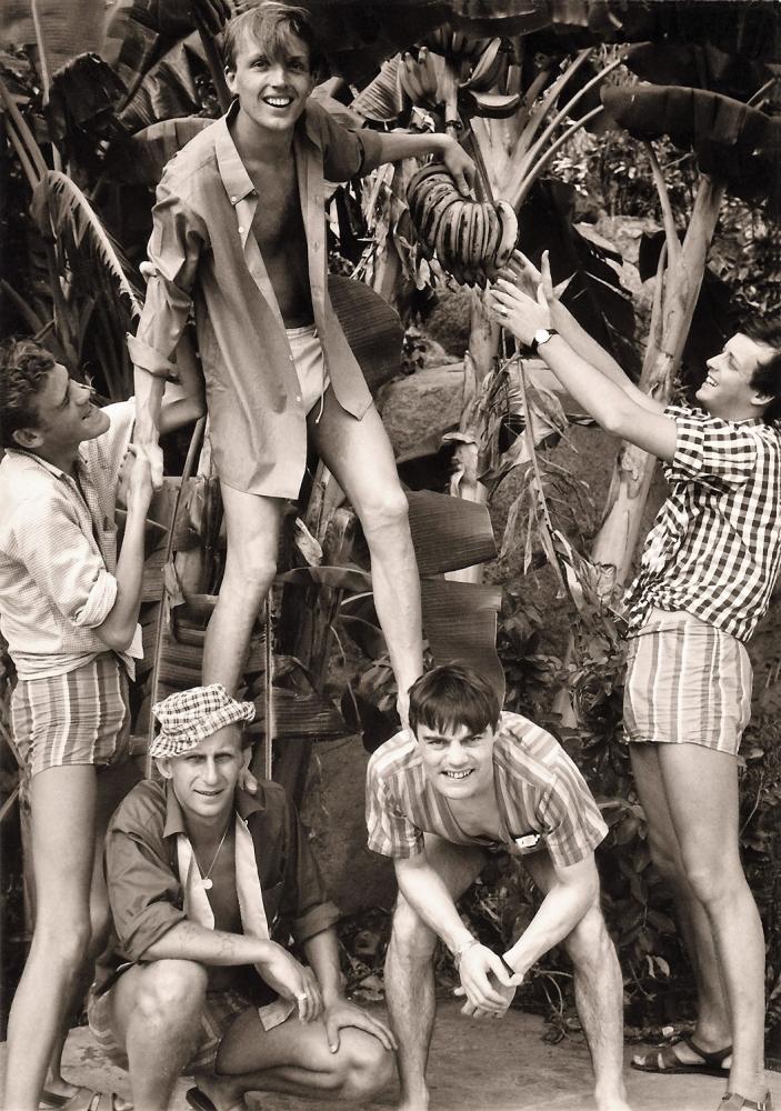 1966 Spotnicks Mexico 6