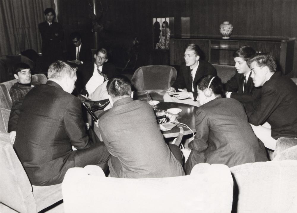 1966 Spotnicks in Japan