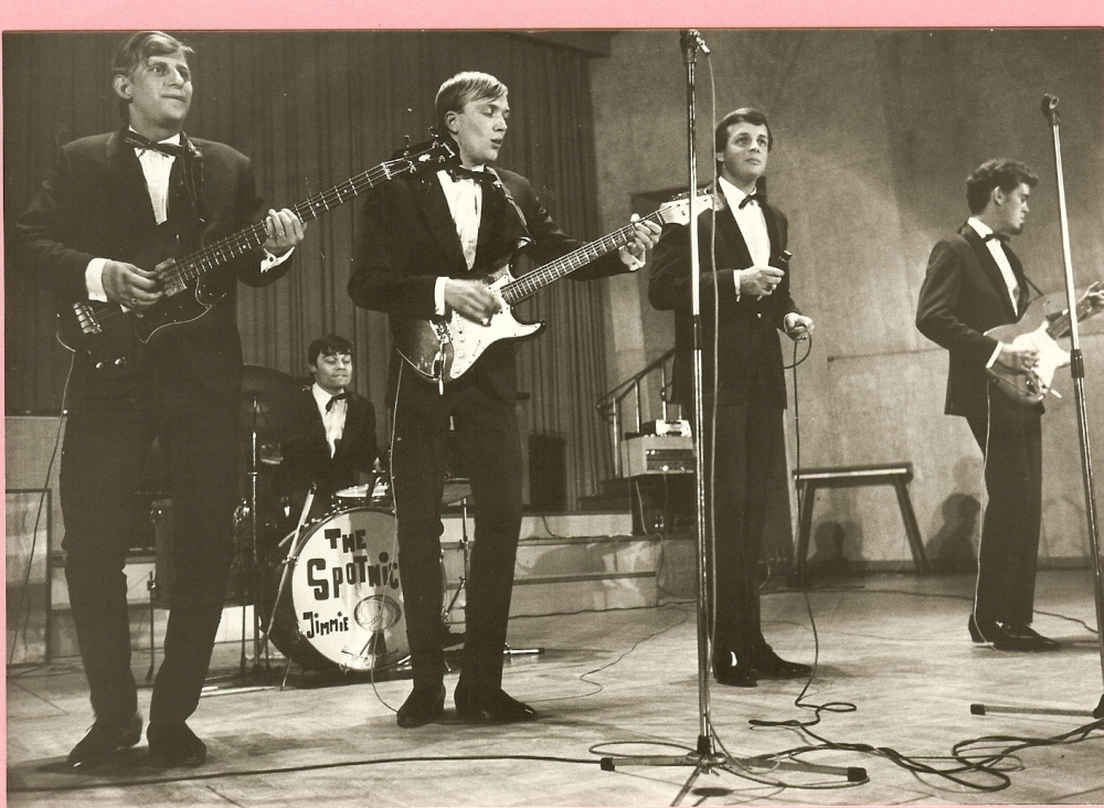 1966 Spotnicks live 2 (18)