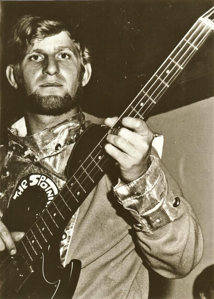 1966 Spotnicks live 2 (2)