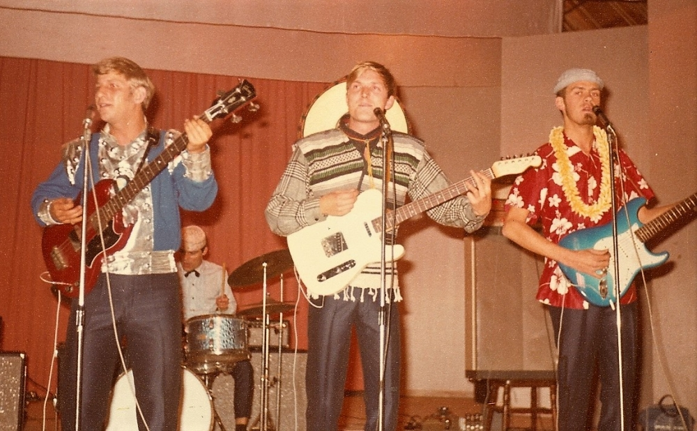 1966 Spotnicks live 2 (22)