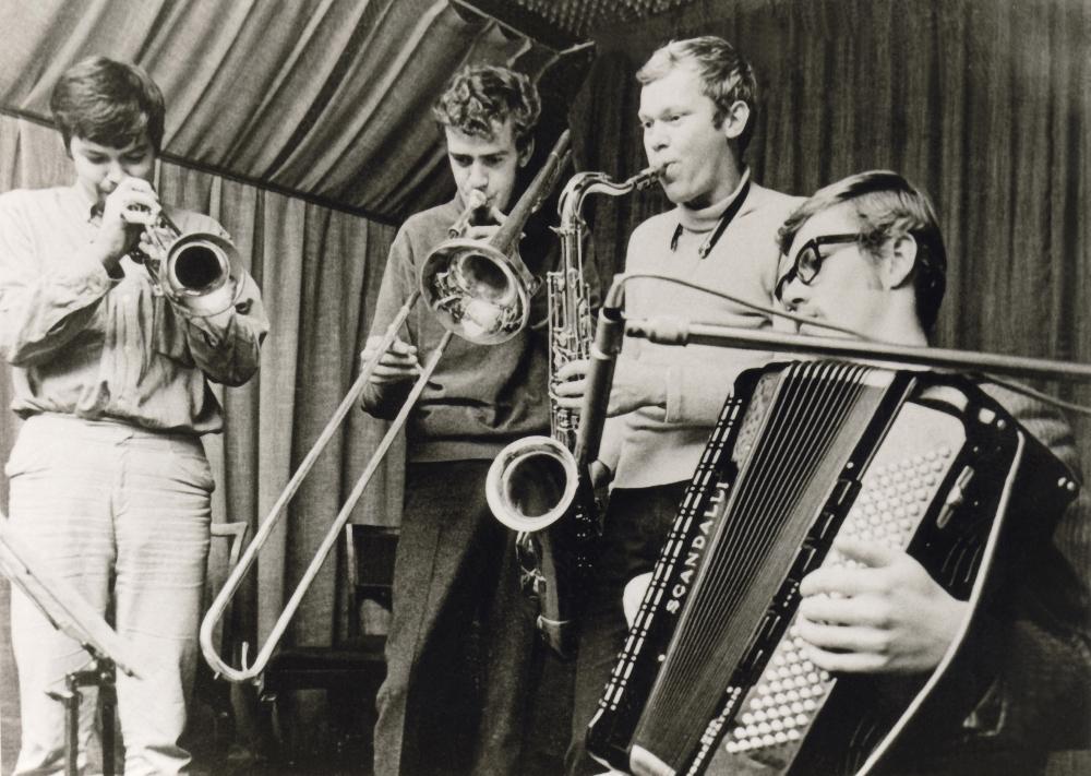 1968 Spotnicks i studion (2)