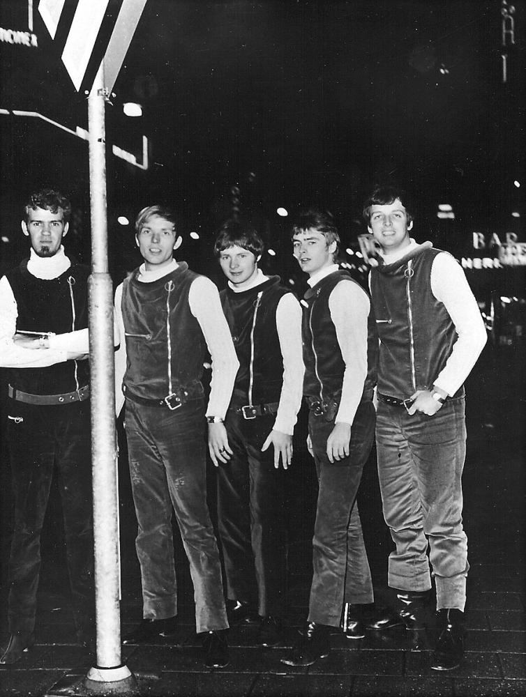 1968 Spotnicks live (18)