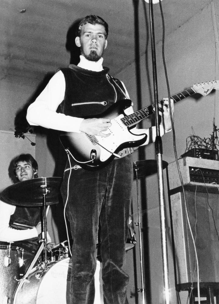 1968 Spotnicks live (9)
