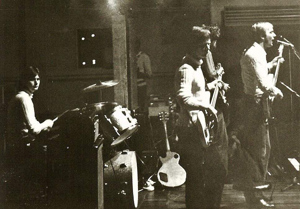 1969 Spotnicks live (2)
