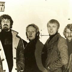 1970 Spotnicks 2 (2)