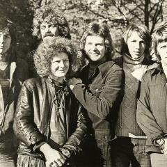 1971 Gruppenfoto Ame No Ballad (2)