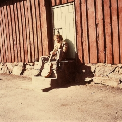 1972 Bo outside dobro 4 (2)