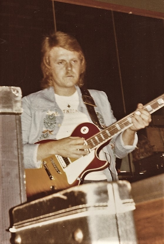 1974 09 Todde live (2)