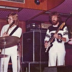 1975 09 Mats Bo live Amapola (2)