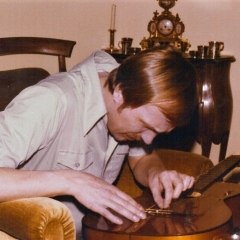 1975 Bob at home guitar