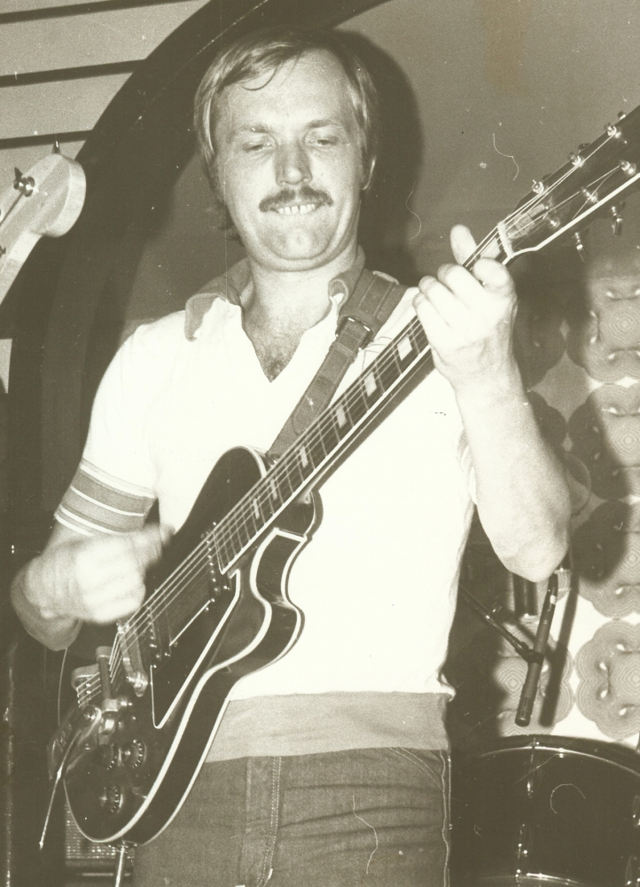 1976 11 Bob live