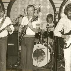 1976 11 Spotnicks original live
