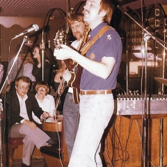 1976 11 Spotnicks original bob Bjoern 1