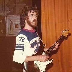 1977 09 Bo live