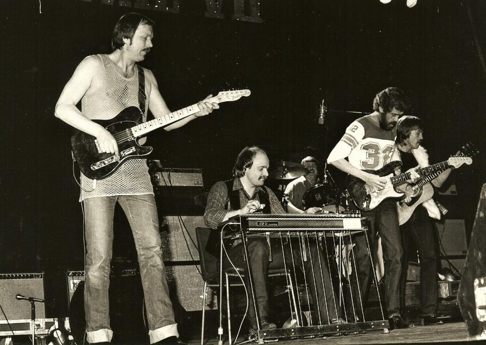1982 04 Viking Truckers live