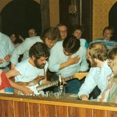 1983 05  Bo live 1