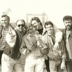 1990 04 Spotnicks 2