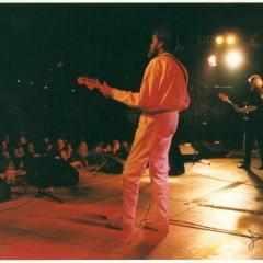 1997 05 Spotnicks live 1