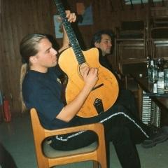 1998 11 Bjoern F Guitar Beisenbusch