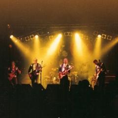 1998 Spotnicks live