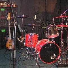 spotnicks-drumset