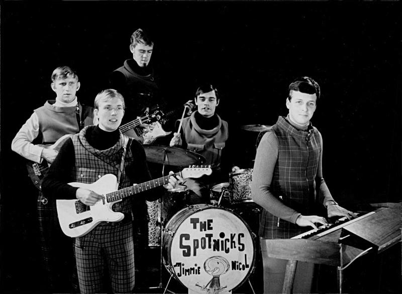 1966 (8)