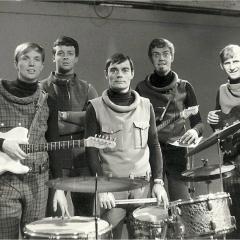 1965 (10)