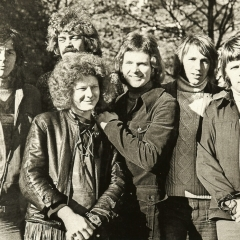 1971 (1)
